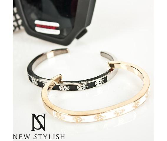 skull_bracelet_40_white__bracelets_3.jpg