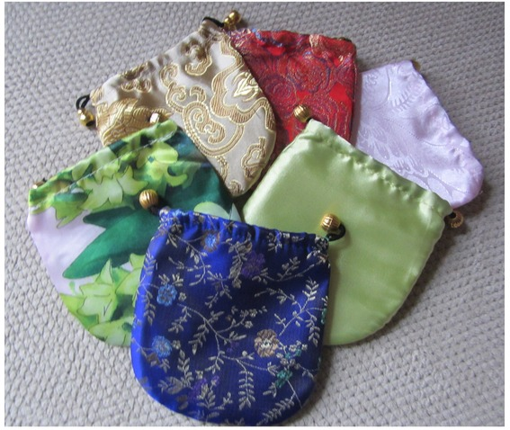 compact_mirror_skull_dragon_green_comes_protective_pouch_makeup_2.JPG
