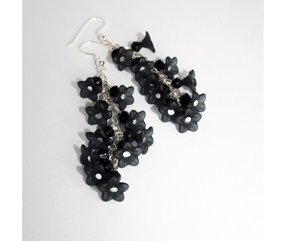 handmade_gothic_earrings_black_flowers_bouquet_earrings_4.jpg
