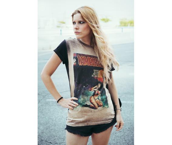 vampirella_vintage_t_shirt_t_shirts_4.jpg