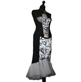 Sunning Starlet Spooky Vampire Pin Vintage Style Goth Corset Dress