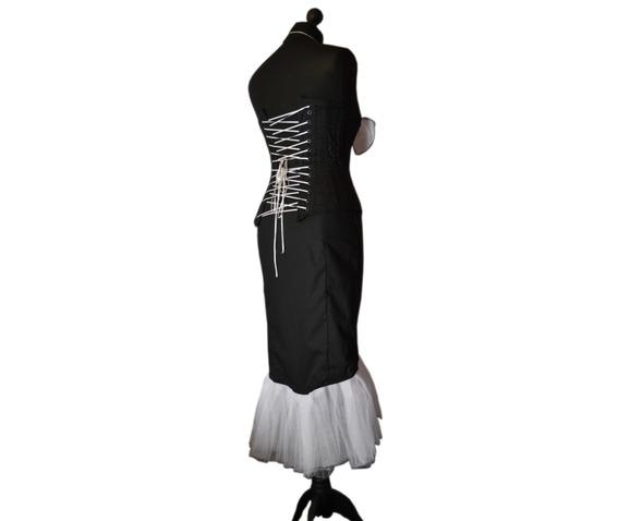 sunning_starlet_spooky_vampire_pin_vintage_style_goth_corset_dress_dresses_3.jpg