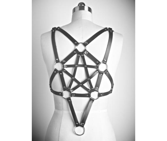 steampunk_pentagram_leather_garters_garters_6.PNG