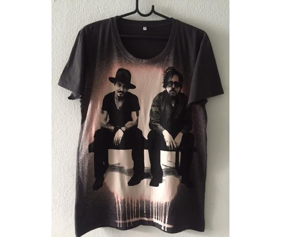 johnny_depp_tim_burton_pop_rock_fashion_t_shirt_m_t_shirts_3.jpg