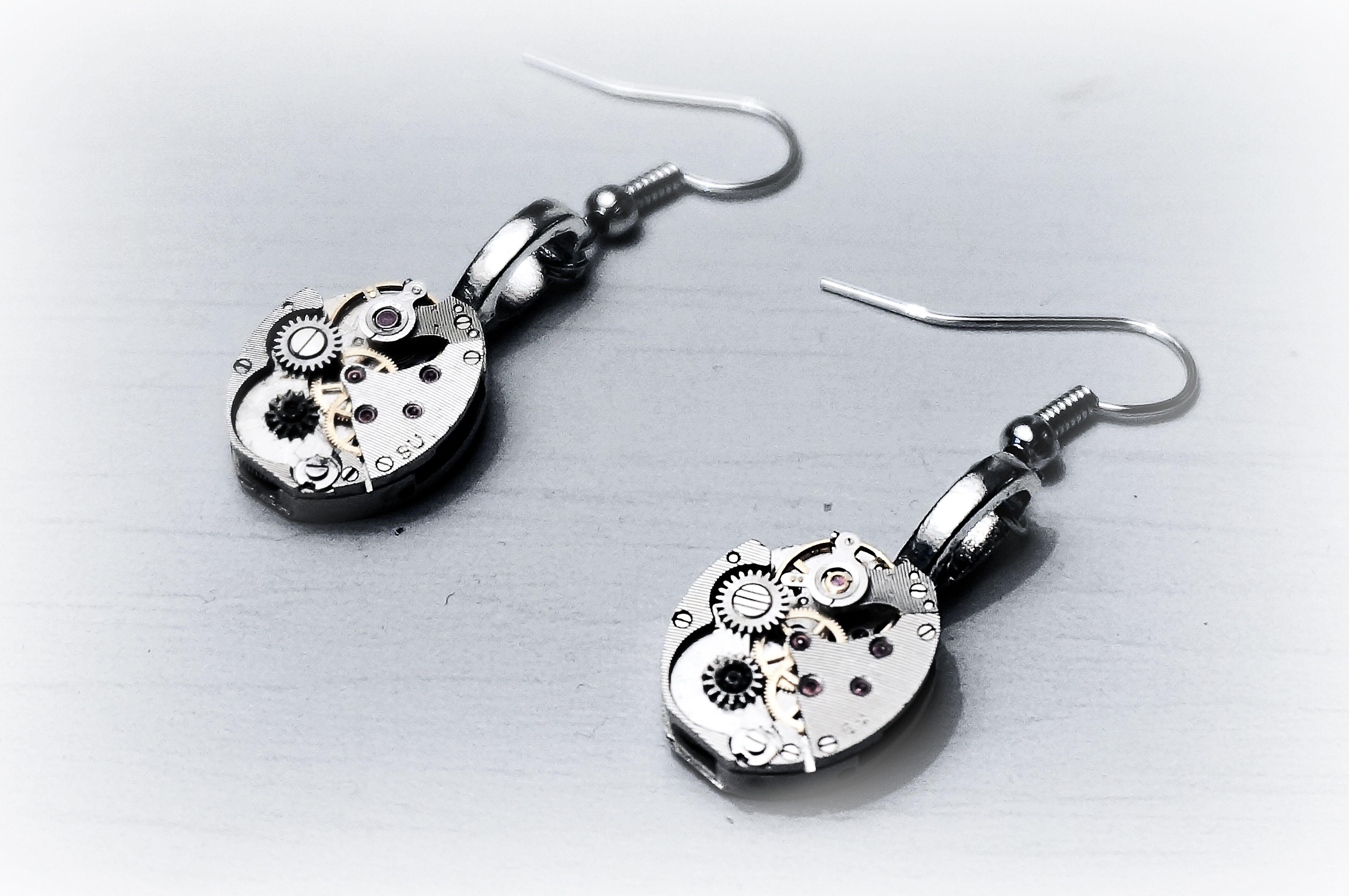 steampunk_bdsm_jeweled_rubies_earrings_vintage_wedding_anniversary_birthday_earrings_4.JPG