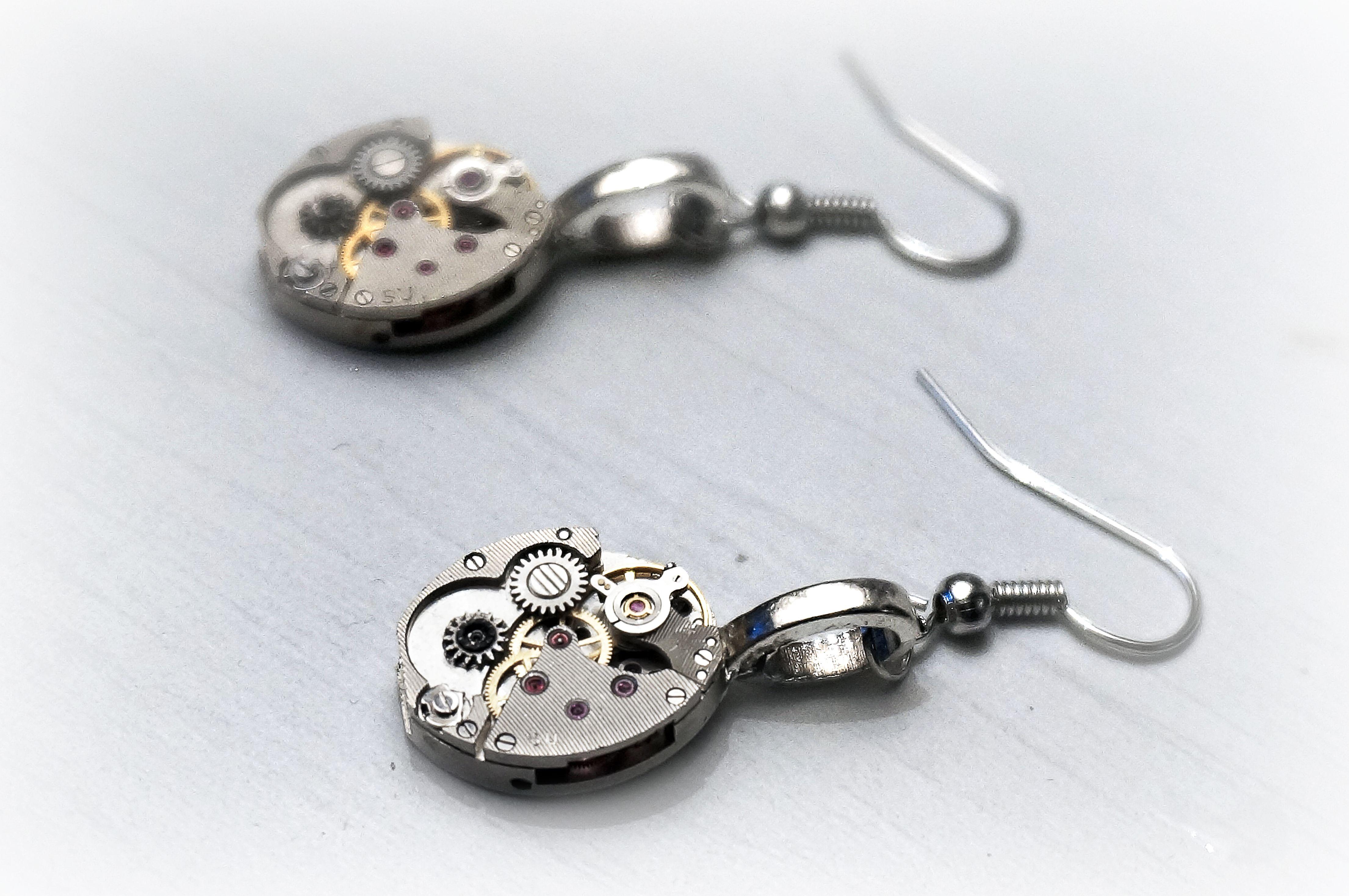steampunk_bdsm_jeweled_rubies_earrings_vintage_wedding_anniversary_birthday_earrings_2.JPG