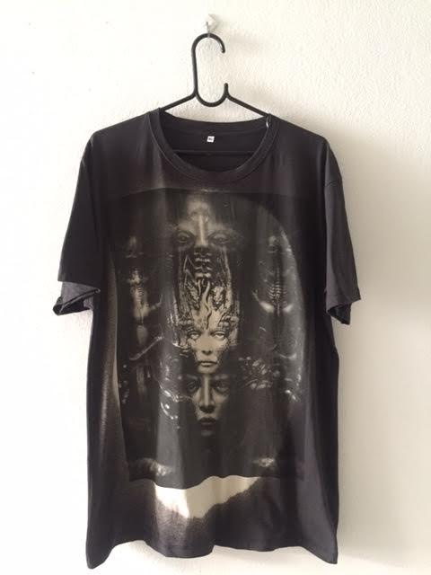 alien_fashion_pop_rock_t_shirt_xl_shirts_3.jpg