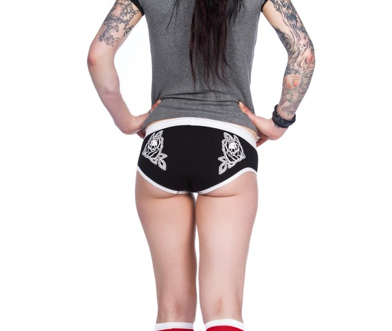 toxico_clothing_roses_3_pack_knickers_panties_2.jpg