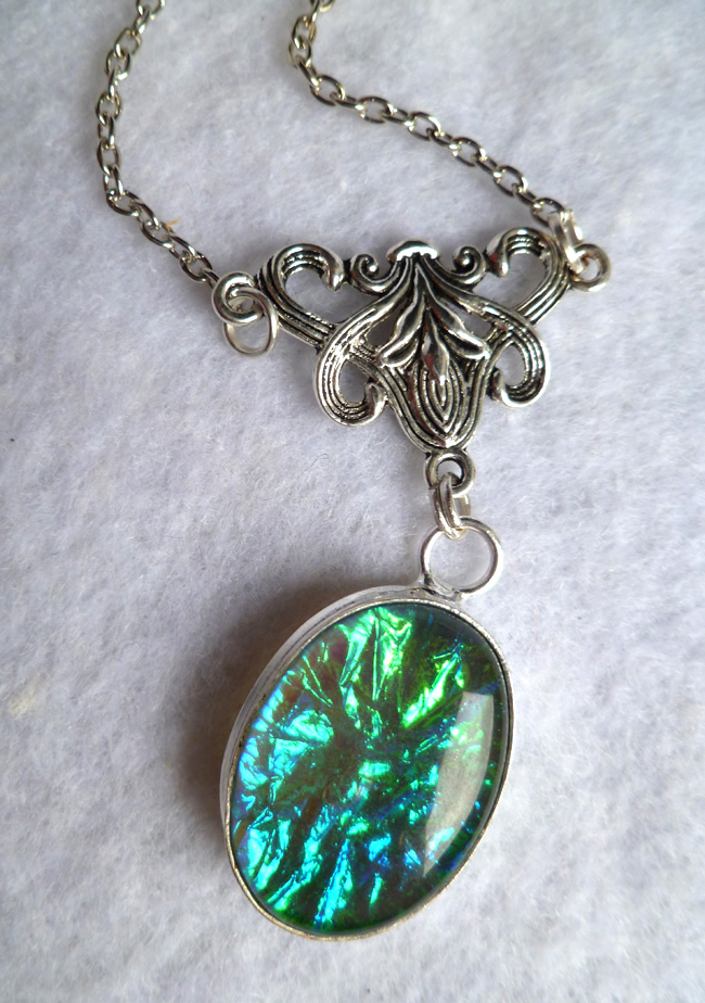 opalescent_glass_necklace_elvish_victorian_wedding_elven_game_thrones_necklaces_6.JPG
