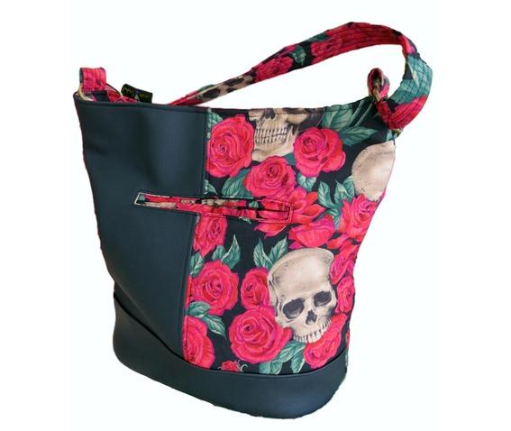 skulls_bed_red_roses_bonnie_bucket_bag_purses_and_handbags_2.jpg