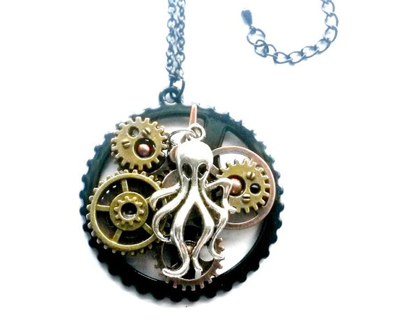 steampunk_octopus_necklace_handmade_gift_aunt_matildas_jewelry_box_necklaces_5.jpg