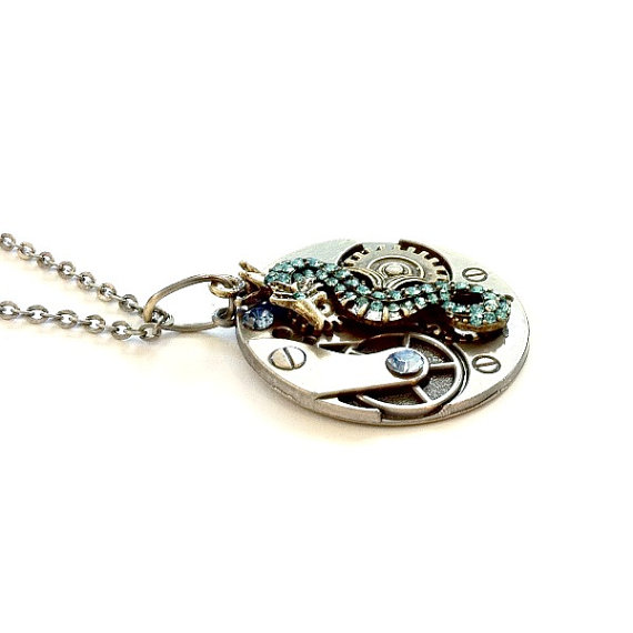 seahorse_necklace_steampunk_gear_handmade_gift_aunt_matildas_jewelry_box_necklaces_4.jpg