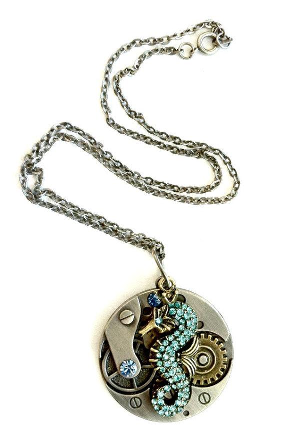 seahorse_necklace_steampunk_gear_handmade_gift_aunt_matildas_jewelry_box_necklaces_2.jpg