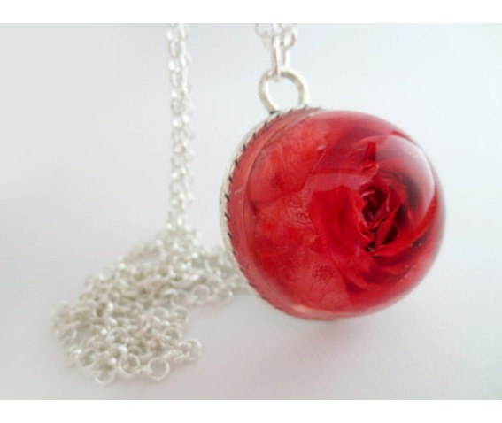 real_red_rose_necklace_real_flower_pendant_botanical_jewelry_necklaces_4.jpg