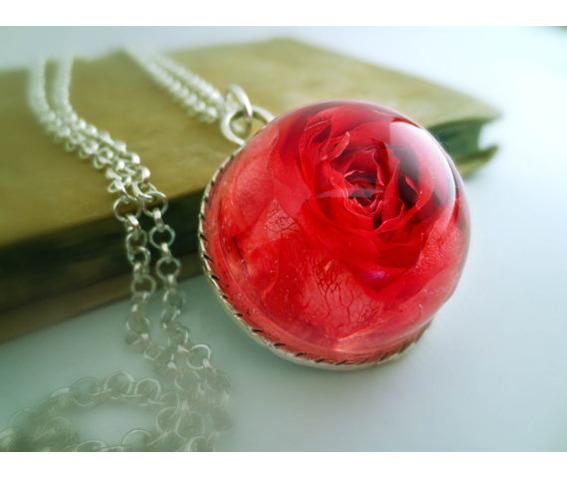 real_red_rose_necklace_real_flower_pendant_botanical_jewelry_necklaces_2.jpg