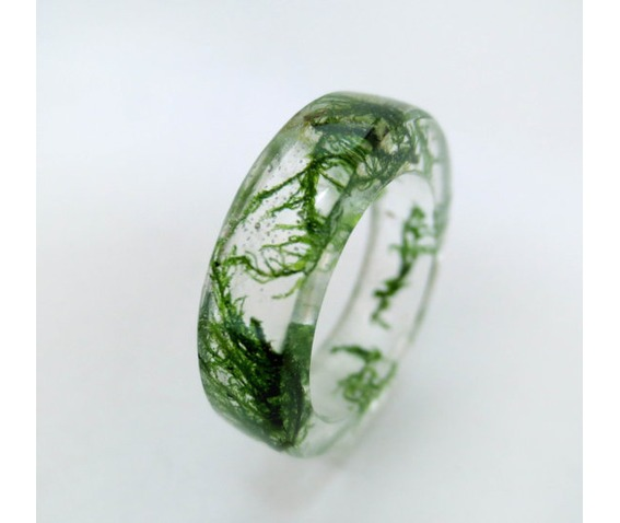 green_moss_resin_ring_rings_3.jpg