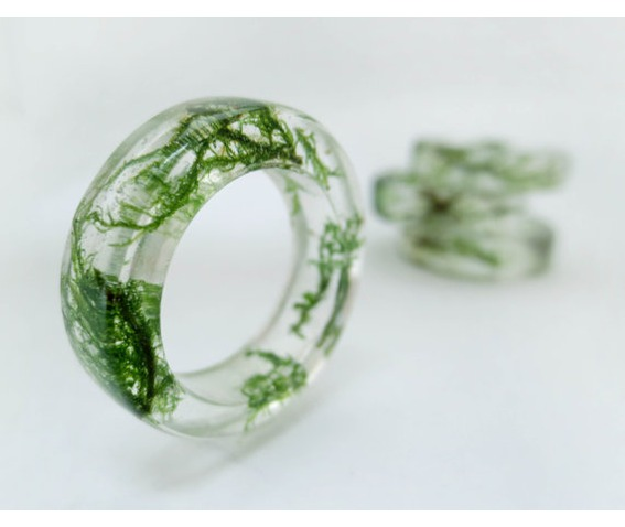 green_moss_resin_ring_rings_2.jpg