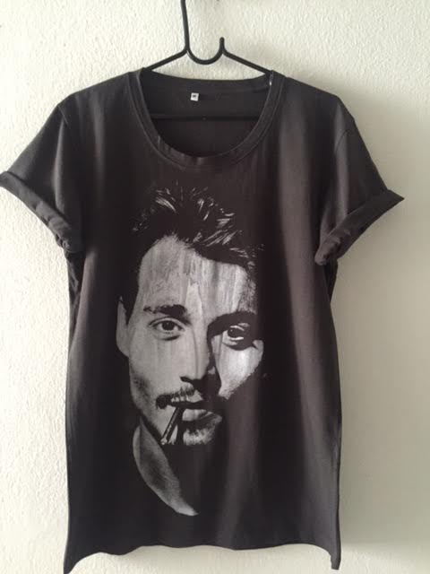 johnny_depp_pop_fashion_t_shirt_m_t_shirts_3.jpg