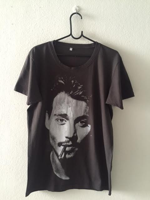 johnny_depp_pop_fashion_t_shirt_m_t_shirts_2.jpg