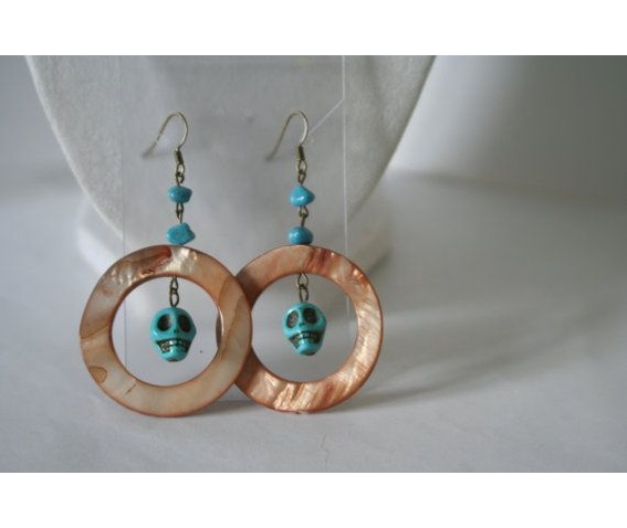 dangling_earrings_turquoise_skulls_shell_hoops_earrings_2.jpg