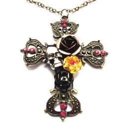 Antique Bronze Colour Metal Cross Skull Head Roses Pendant Chain