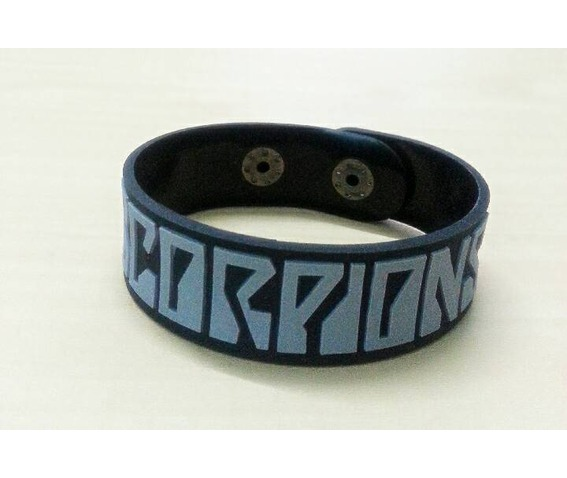 wristband_rubber_silicone_bracelet_punk_rock_heavy_metal_band_scorpions_bracelets_3.jpg