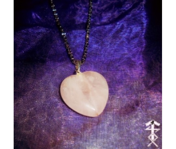 heart_rose_quartz_necklaces_2.jpg
