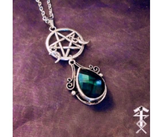 green_pentagram_necklace_necklaces_2.jpg