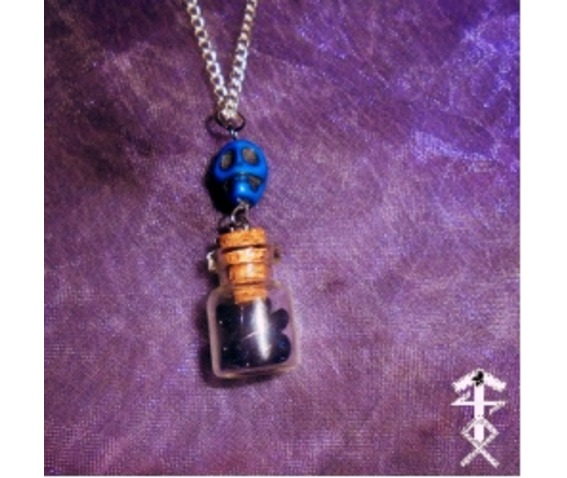 skull_wishes_necklaces_2.jpg