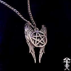 winged_pentagram_necklace_necklaces_2.jpg