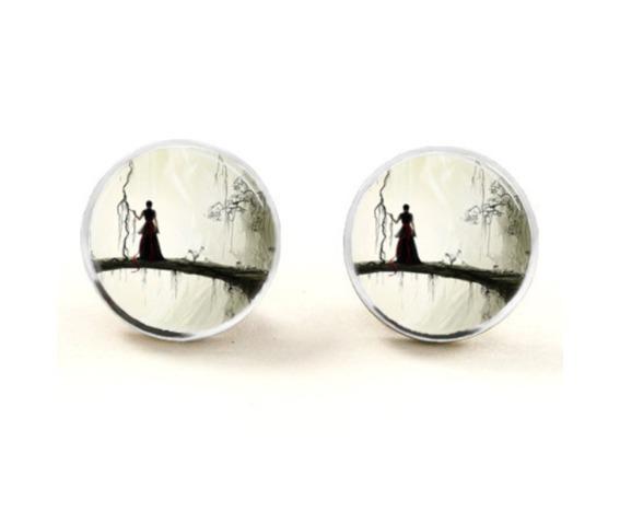 creepy_woman_stud_earrings_earrings_2.png