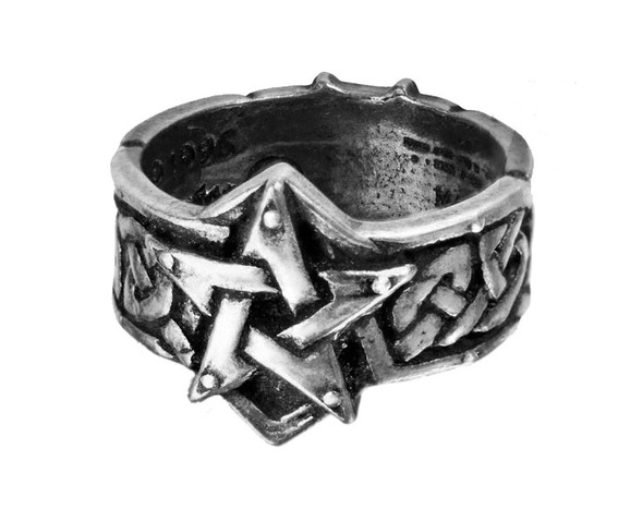 celtic_theurgy_gothic_ring_by_alchemy_gothic_rings_2.jpg