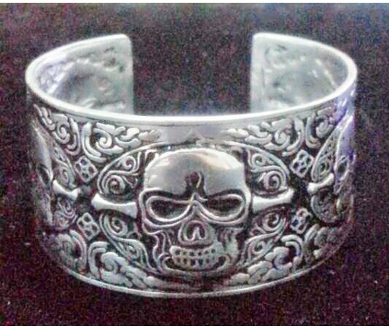 gothic_stainless_steel_punk_skull_cuff_bangle_bracelets_silver_color_men_1_bracelets_4.jpg