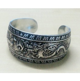 Spectacular Dragon Vs Phoenix Design Aluminum Round Bracelet Cuff Bangle