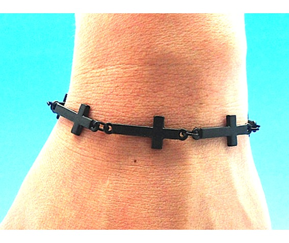 awesome_goth_matt_black_metal_crucifix_bracelet_bracelets_3.jpg