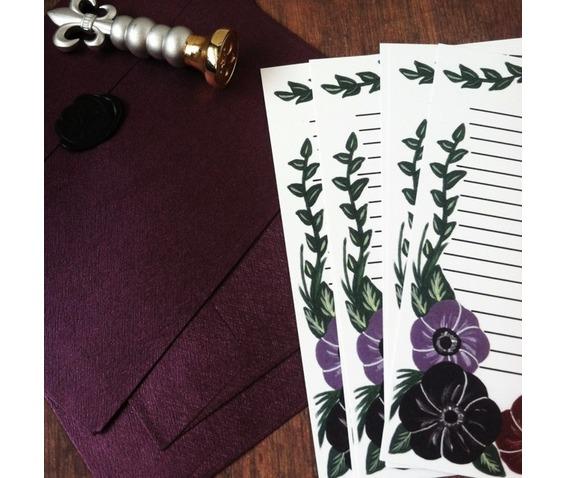 dark_floral_stationery_letter_set_stationery_3.jpg