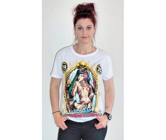 tattoo_girl_t_shirt_unisex__t_shirts_5.jpg
