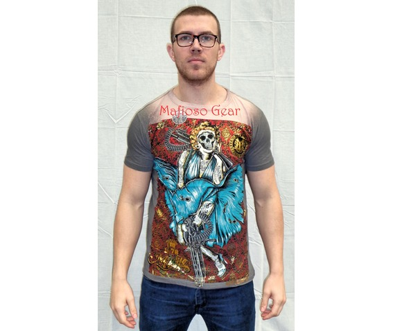 deadly_marilyn_t_shirt_unisex__t_shirts_3.jpg