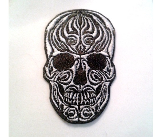 embroidered_tribal_skull_leather_patch_patches_2.jpg