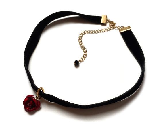 metal_red_rose_velvet_choker_necklaces_4.jpg