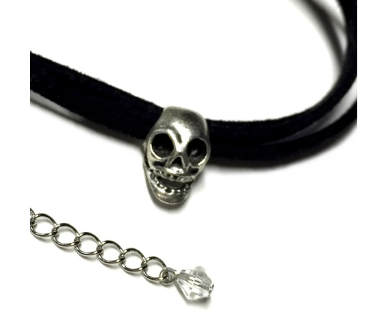 skull_triple_cord_choker_black_necklaces_6.jpg