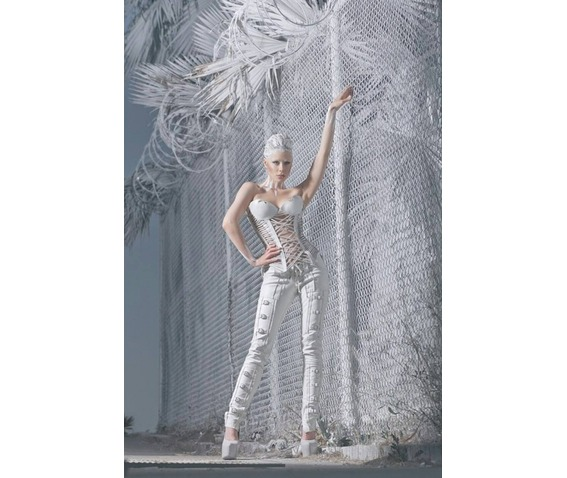italiano_couture_white_leather_stripped_corset_bustiers_and_corsets_2.jpg
