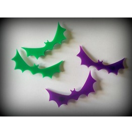 Green Bat Hair Clips Curiology