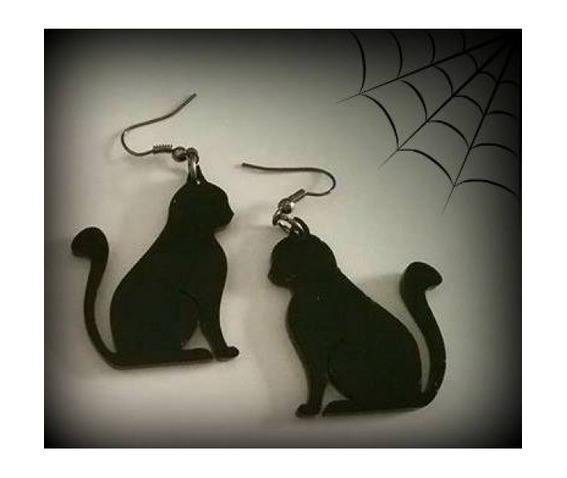 black_cat_earrings_curiology_necklaces_2.jpg