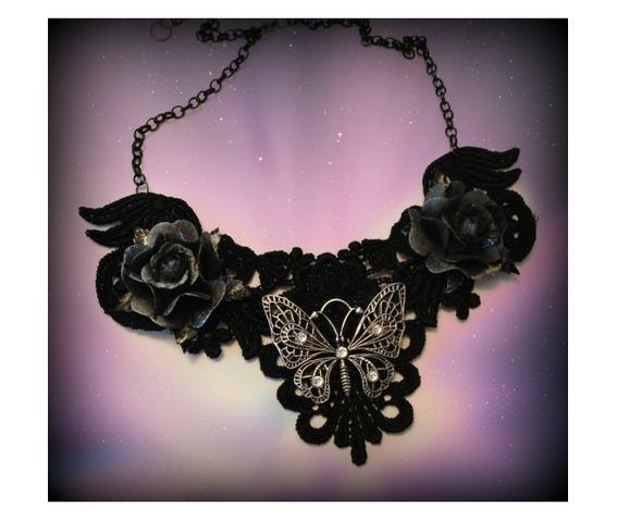 bone_collector_necklace_curiology__necklaces_2.jpg