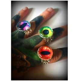 Green Dragon Eye Ring Curiology