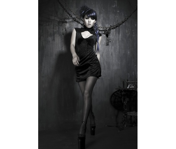 gothic_black_backless_and_sleeveless_dress_dresses_6.png