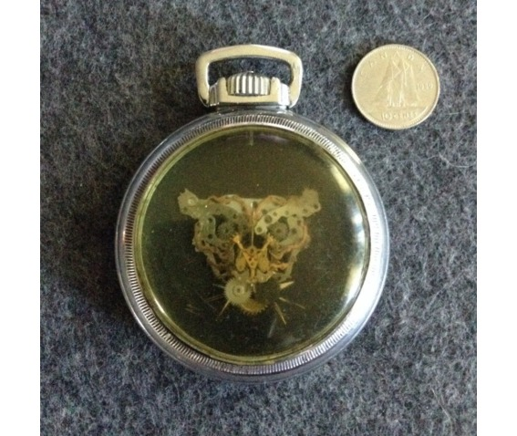 steam_punk_tiger_in_pocket_watch_case_original_art_4.png