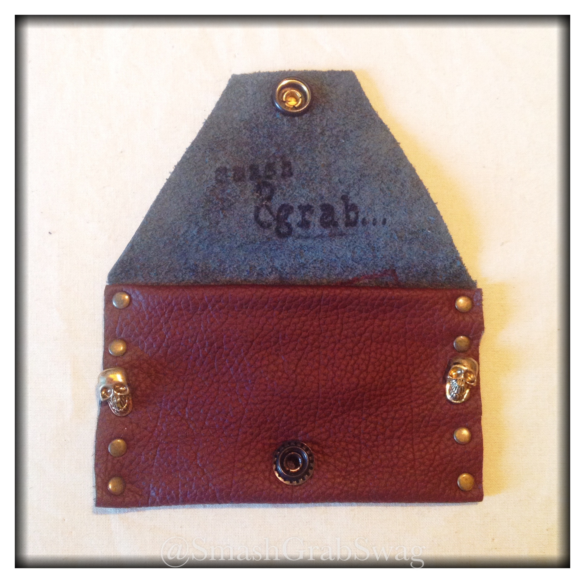 handmade_leather_card_holder_brown_skulls_and_studs_wallets_and_money_clips__3.jpg