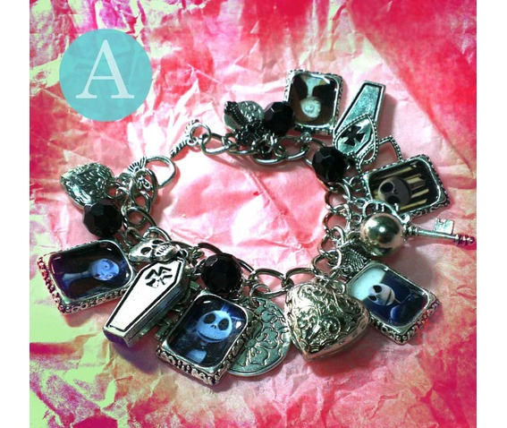 tim_burton_the_nightmare_before_christmas_charm_bracelet_bracelets_2.jpg